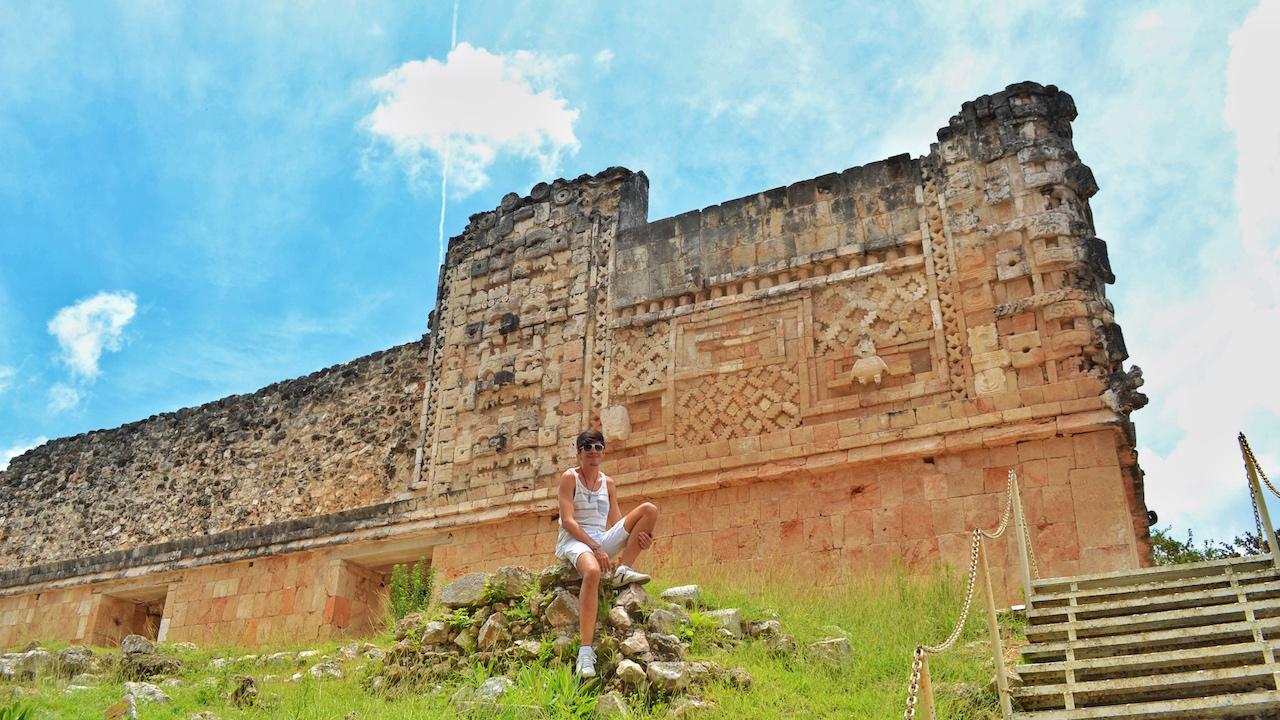 architecture-mayan-maya-uxmal