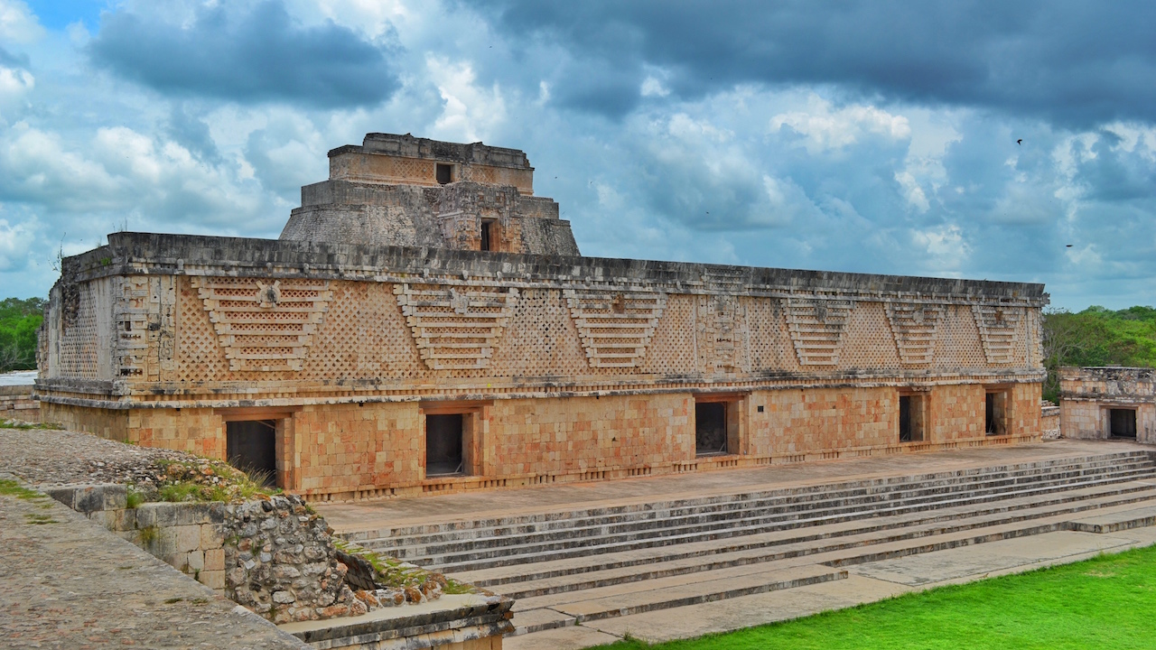 uxmal-magical-mexico-majestic