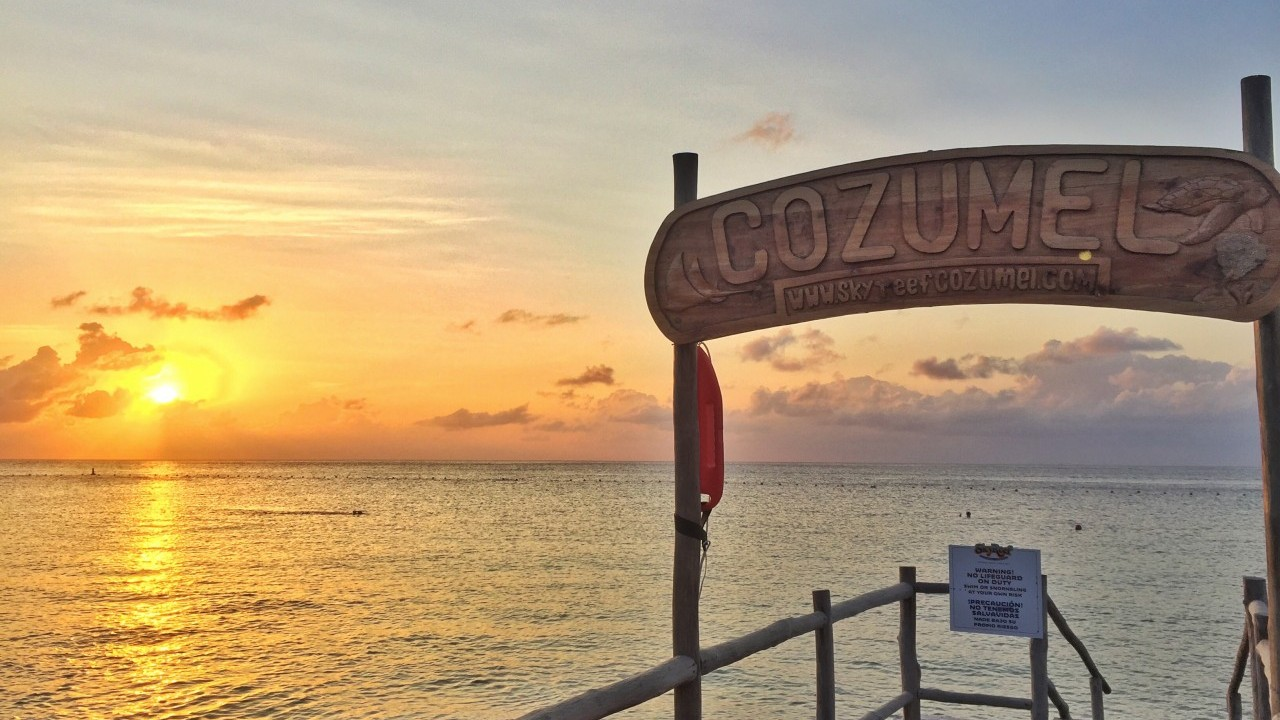 friendly-touring-cozumel-skyreef-sunset