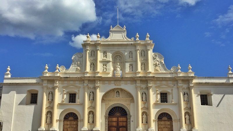 Friendly-Touring-Antigua-Guatemala-Cathedral