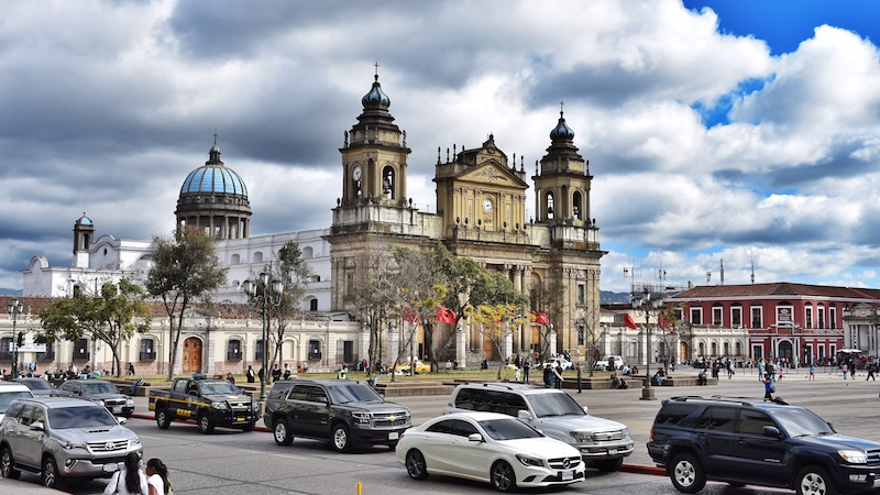 Friendly-Touring-Guatemala-City-Plaza-Constitucion