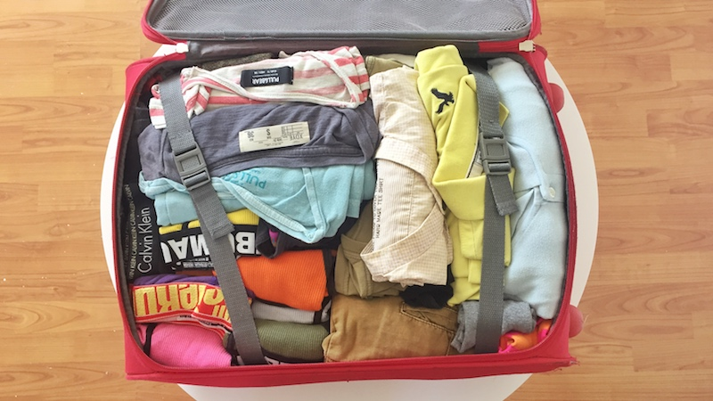friendly-touring-travel-light-packing-how-to-pack-light