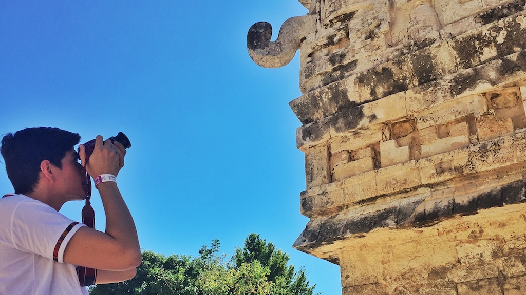 friendly-touring-chichen-itza-archaeological