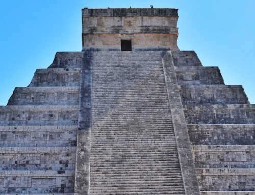How to visit Chichen Itza by car from Cancun