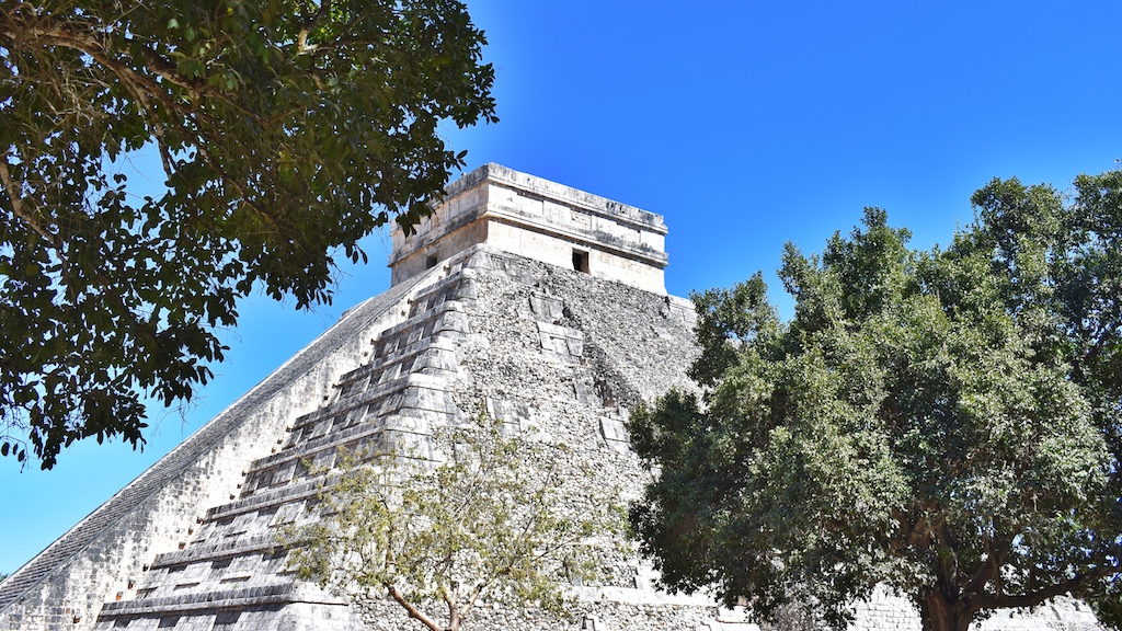 friendly-touring-chichen-itza-riviera-maya