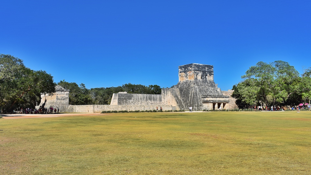 friendly-touring-chichen-itza-tulum
