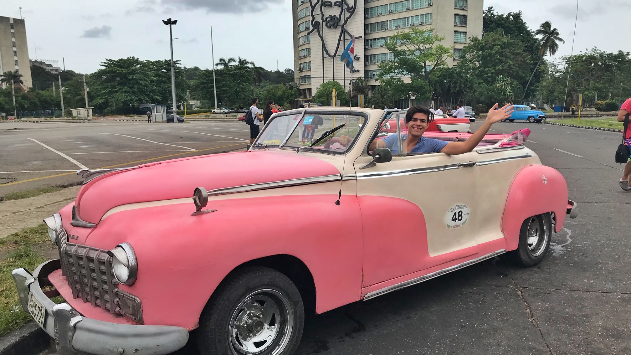 friendly-touring-havana