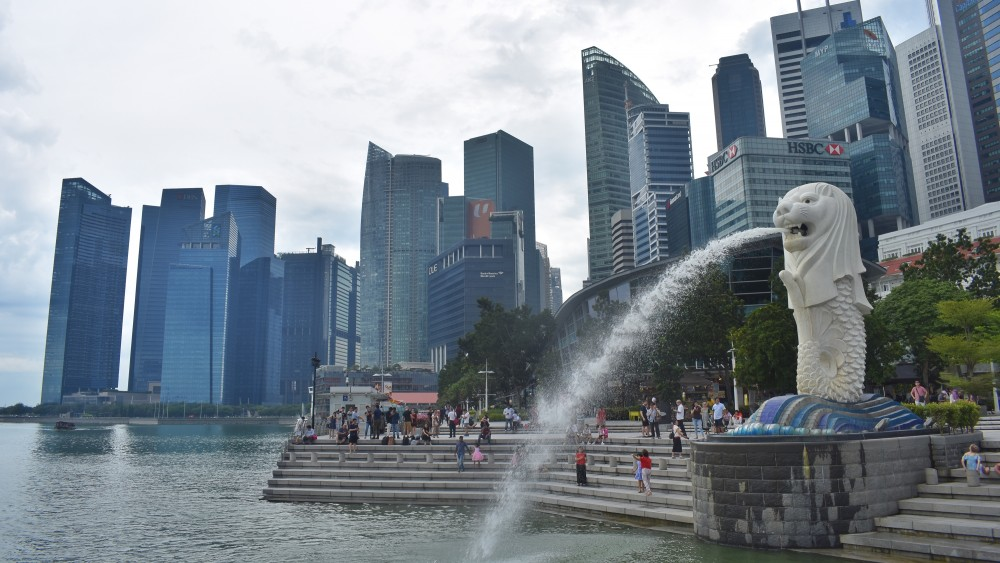 friendly-touring-singapur-merlion