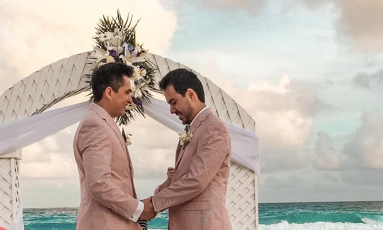 friendly-touring-gay-cancun-riviera-maya-weddings